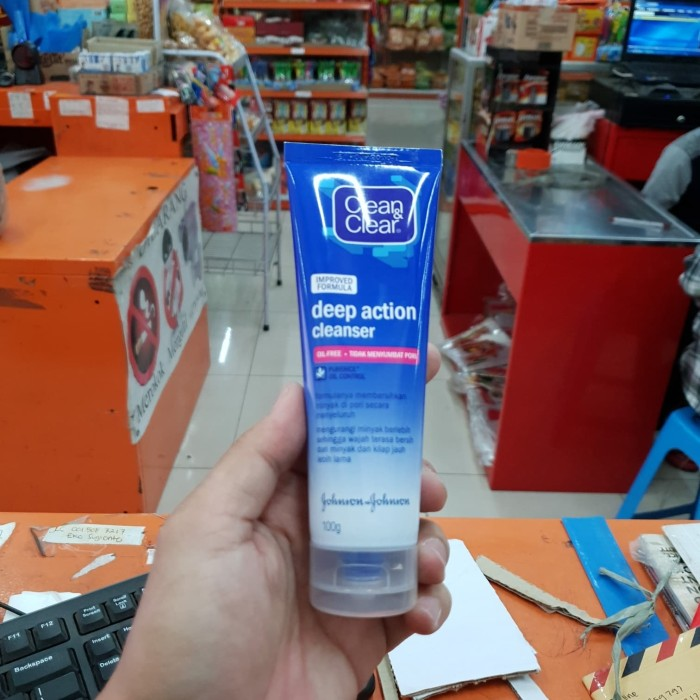 harga 100gr clean clear deep action cleanser / sabun cuci muka / and dan & Tokopedia.com