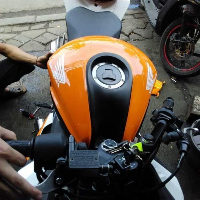 harga Cover tangki cbr 150 facelift (k45g) Tokopedia.com
