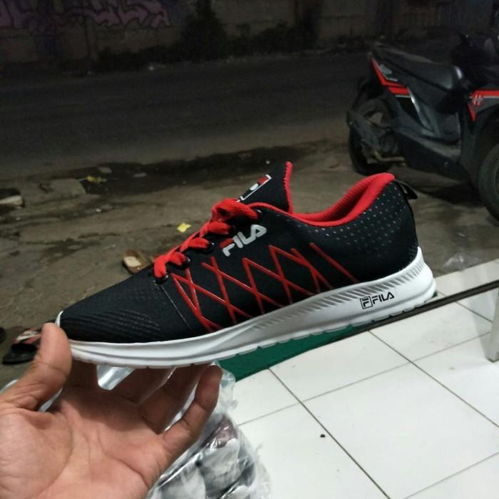 Jual Sepatu Fila Pria Grade Ori   Sepatu Olahraga Black Red Running ... 5b5ba927fe