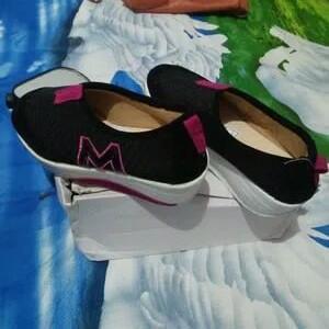 Jual Sepatu Wanita   Sepatu Casual   Sporty N sepatu model terbaru ... 5b814ac512