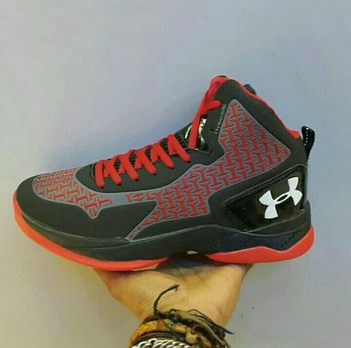 ... where can i buy beli premium sepatu casual running basket under armour  curry one low harga b57f10e408
