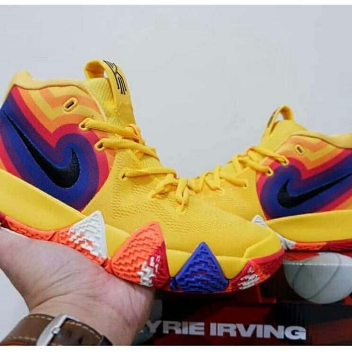 on sale 2a1d5 a4571 Jual Nike Kyrie 4