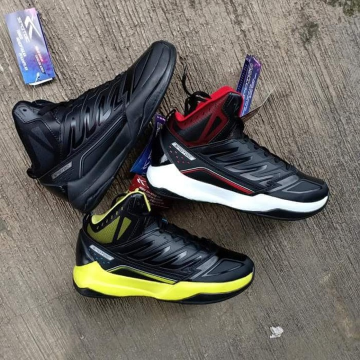 Jual Sepatu Spotec Boots Pria Sepatu Murah Olahraga Voli Basket ... 77e2fd8da5