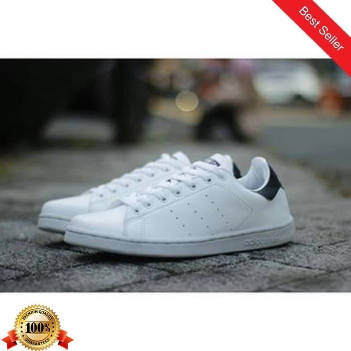 Jual 01 Sepatu Sneakers Kets Adidas Campus Warna Putih Hitam Pria