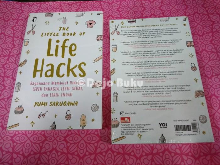harga The little book of life hacks by yumi sakugawa Tokopedia.com