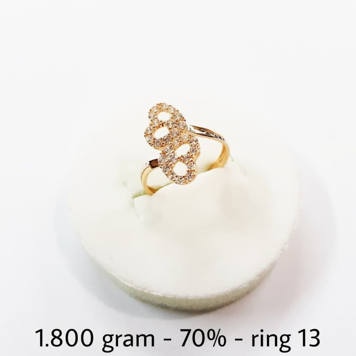 Jual Beli Cincin Emas Kuning Variasi Putih 2 Gram Gr Kadar 700 Ukuran 13 Murah