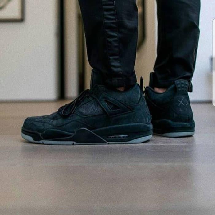 83499e6171c Best Seller Nike Air Jordan 4 Retro x KAWS Black Sample UN AUTHORIZED