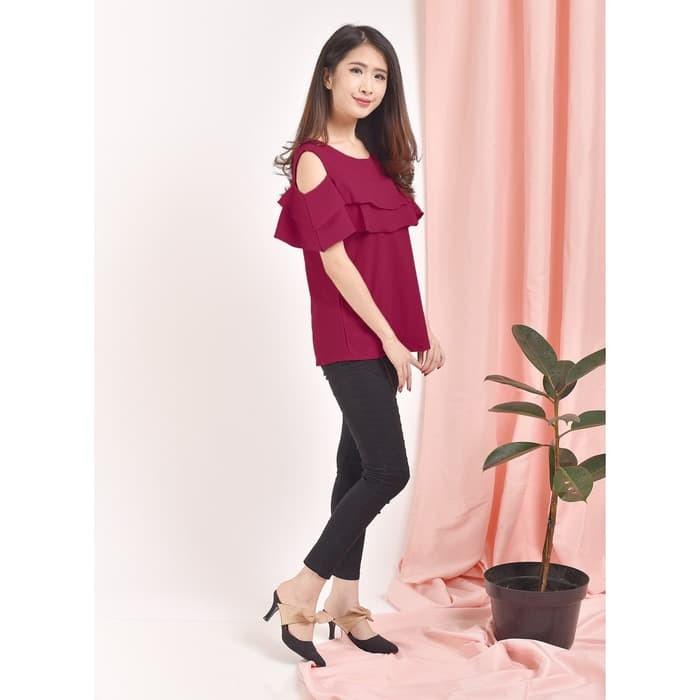 ... harga Nagoya baju fashion anak muda remaja cewek korea sabrina bahu bolong Tokopedia.com