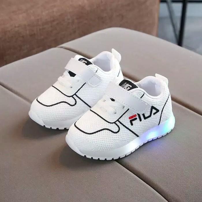 ... Sepatu Anak Led Merk Fila Untuk Anak Laki - Laki Dan Perempuan -  Blanja.com ... 89249ae54d