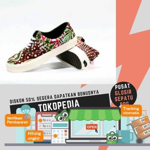 Free Sale !!! Sepatu Sneakers Murah Vans ERA Motif Pria Terlaris. d927d42078