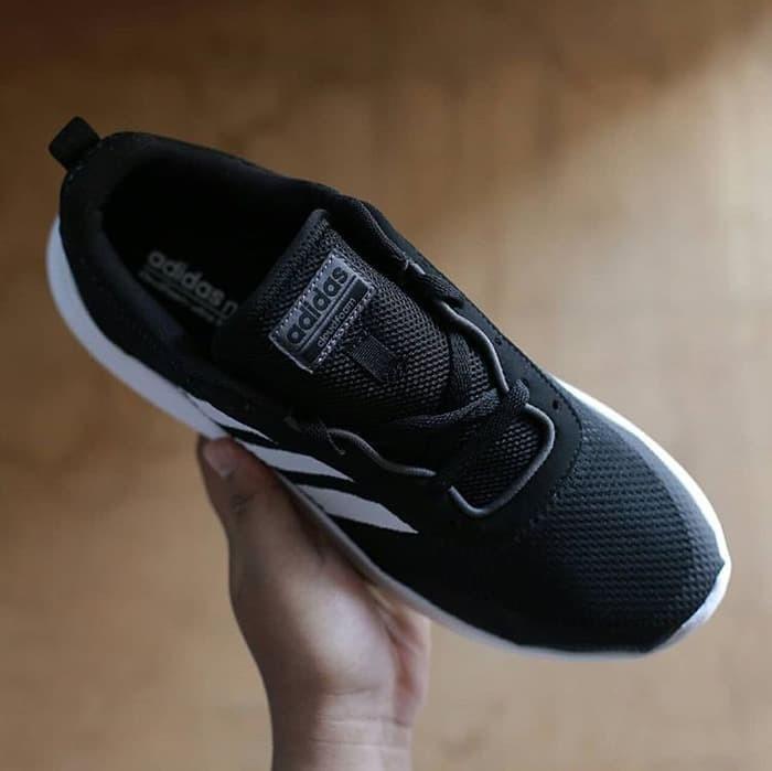best sneakers 8be8f 30156 Sepatu Adidas Original Cloudfoam Race Ultimate - Black Striped White
