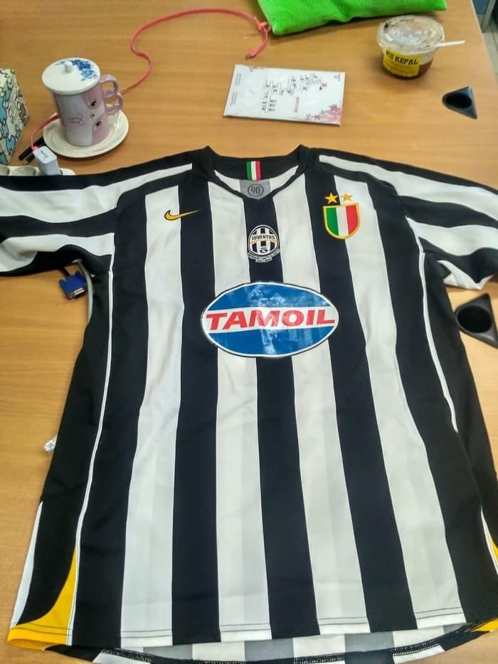 sale retailer 44c65 37e5c Jual Dijual Jersey Juventus Home 2005 - 2006 Original - Kab. Ogan Komering  Ulu - Authenticgoods | Tokopedia