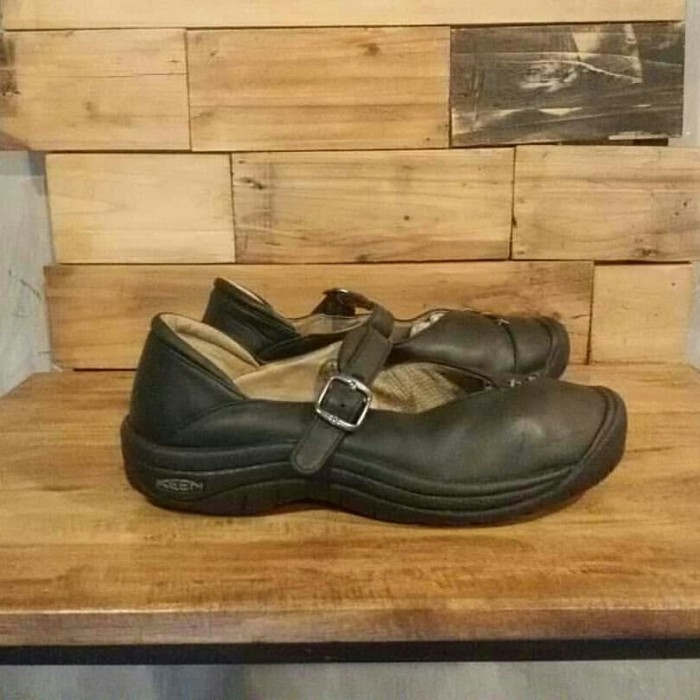 Jual Keen Footwear Woman Shoes second - Gullfoss Store Makassar ... 92791f3ba9