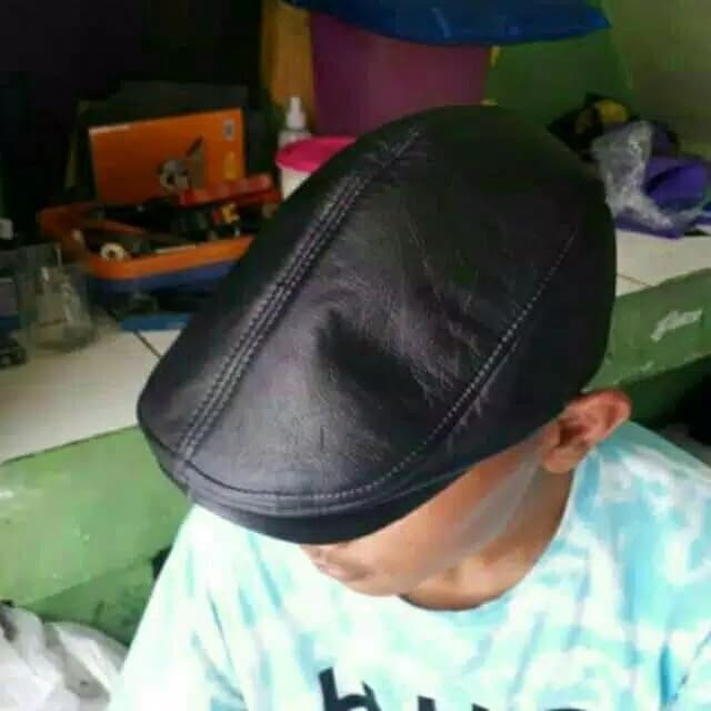 Topi PET kulit asli   topi kulit pria maher zein copet pelukis kodok 0b00712589