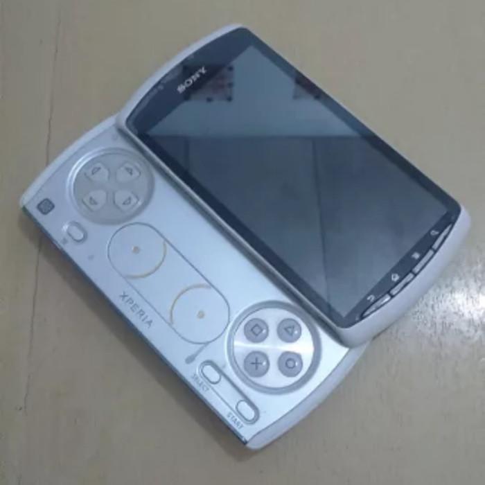 Jual Sony Ericsson Xperia Play R800i Handphone Game Classic Jadul