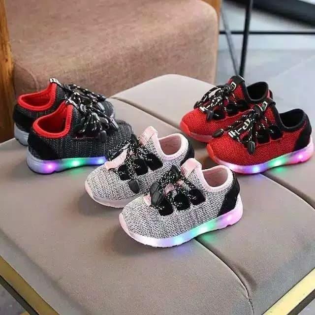 Review Knit Fashion Sepatu Lampu Sepatu Sneaker Anak Laki-laki Dan ... a197e94fad