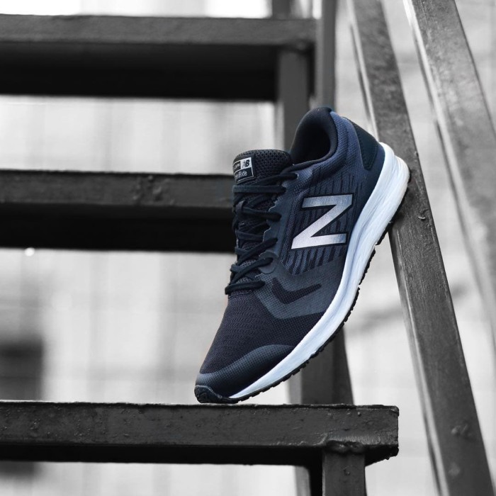 new balance speed ride flash