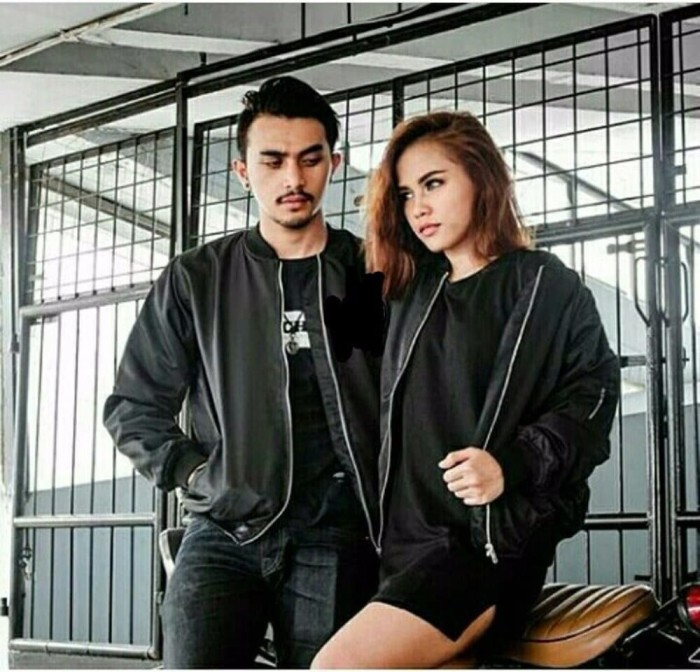 RESTOK Jaket Couple Jaket Bomber Couple Bomber Couple Bomber Pria Wan acaadfadd2