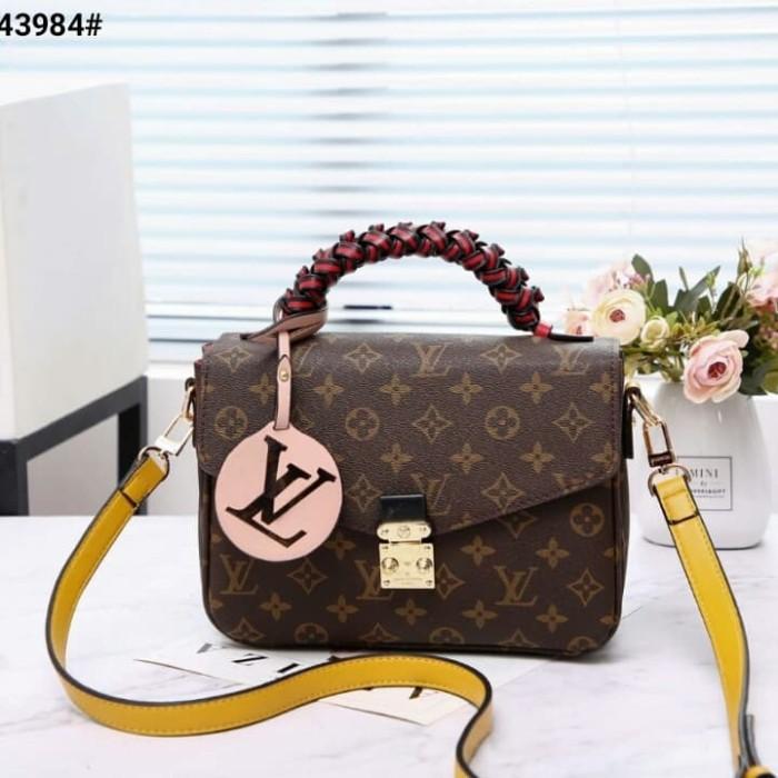 Jual Lv Louis Vuitton Pochette Metis Top Handle Sling Bag M43984 ... 49a4d6bda5617