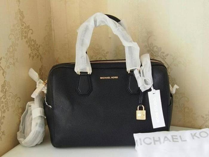 422621245b3d Michael Kors Mercer Bowing Leather Black. Tas Handbag Branded Original