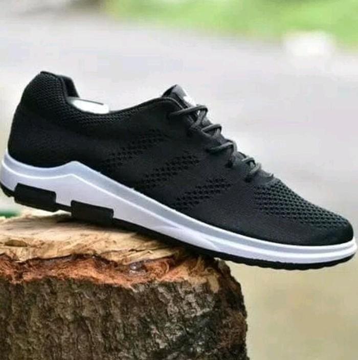 Jual jual cepat sepatu adidas spring blade running sport terbaru ... 1329fef0b2