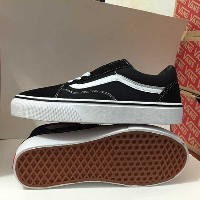 Jual Sepatu Vans Wanita Original Free shipping Vans Old Skool low ... a97c43a1ed