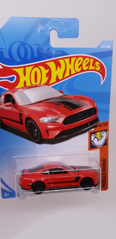 Hot wheels 2018 ford mustang gt merah