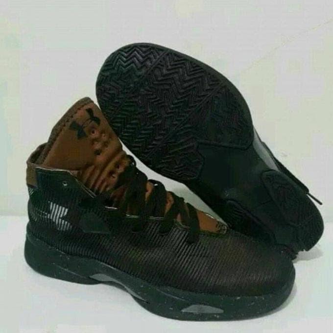 Jual Sepatu Basket Underarmour 2.5 Murah b6491cb3ed