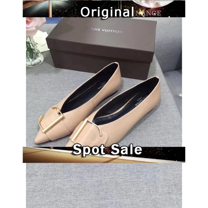 LV Sepatu Flat Casual Bahan Kulit Warna Apricot Hijau Aprikot untuk W ae5827b1c9