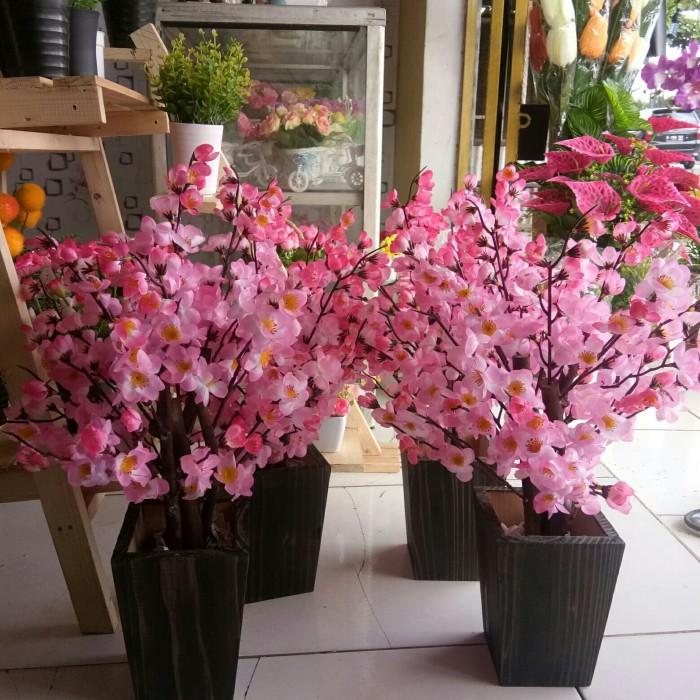 Jual bunga sakura artificial dekorasi   bunga palsu   tanaman ... 2dc279ec2a