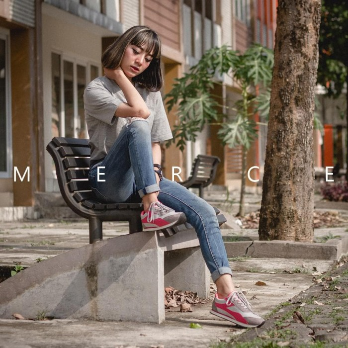 Femine Sepatu Wanita Kets Sport Casual M Tosca - Katalog Harga ... 080b4c1bdf