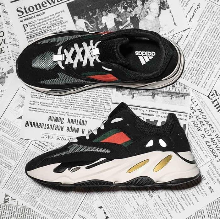 sports shoes 68beb 8a3cb Jual Sepatu pria Gucci x Adidas Yeezy Wave Runner 700 (Premium Original) -  Kota Bandung - Empire_ID | Tokopedia