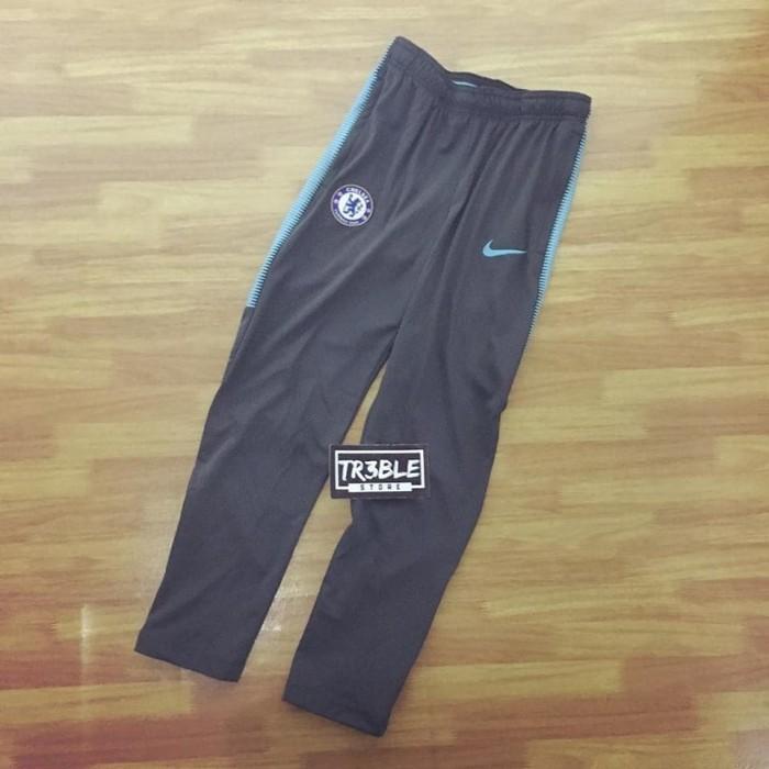 Foto Produk Nike Chelsea Dry Squad Track Pants Celana Training Kado Anak Original - 6-7 tahun, Abu-abu Muda dari Far Sport