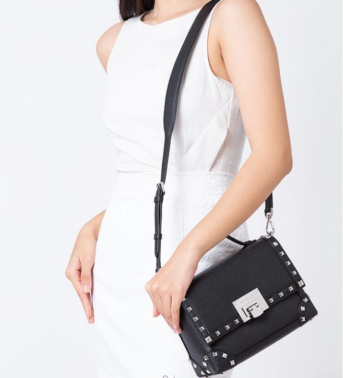 0455e226657ab Jual TAS MICHAEL KORS ORIGINAL - Tina Stud Small Saffiano Trunk Bag ...