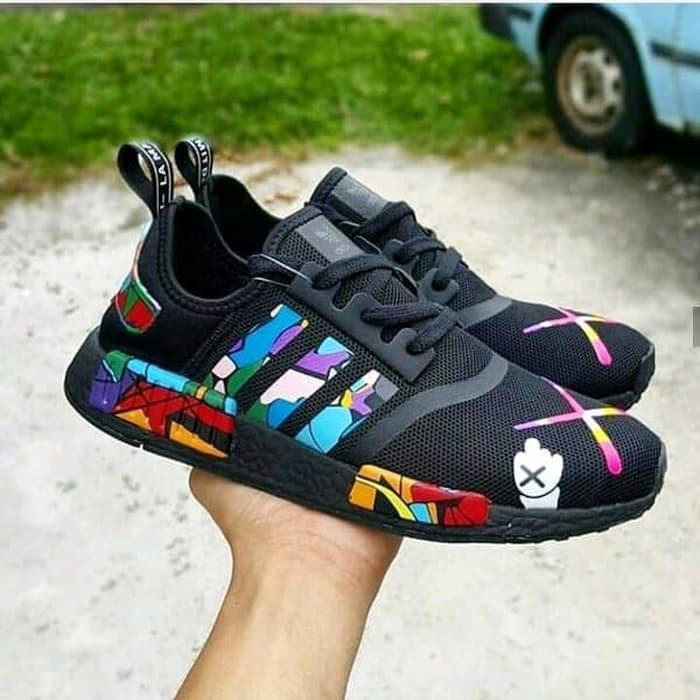 promo code c5f7d 7b496 Jual Adidas NMD R1 x KAWS Black Cartoon High Premium Original Premium -  Kab. Bekasi - andreans | Tokopedia