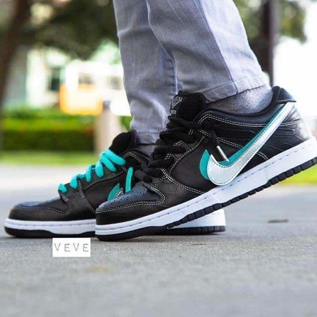 Jual Nike SB Dunk Low Diamond Supply Co