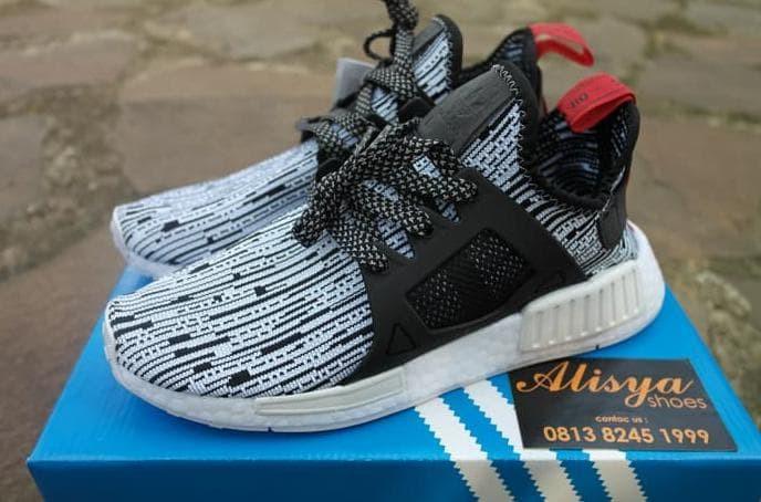 cffa8f9ae4e77 Jual Adidas Nmd Xr1 Pk Glitch