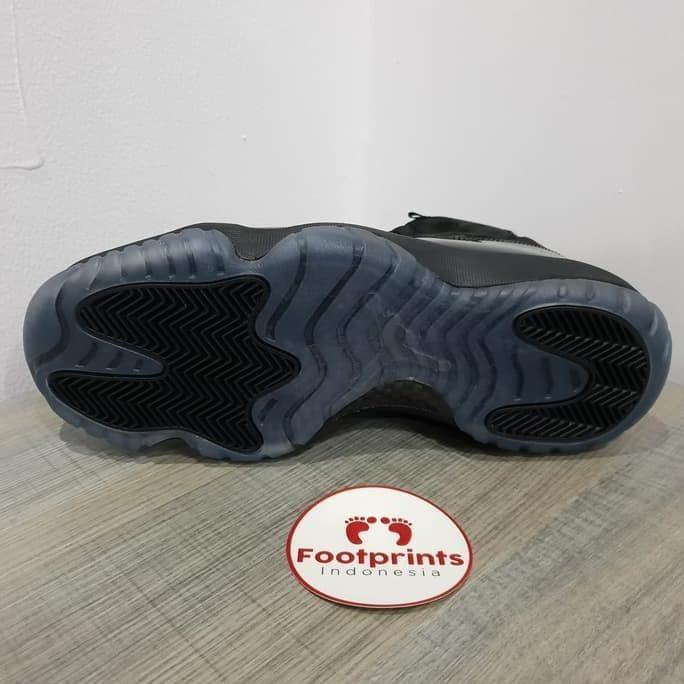 27adacc97ee Jual Nike Air Jordan 11 Cap And Gown Prom Night Black Original ...