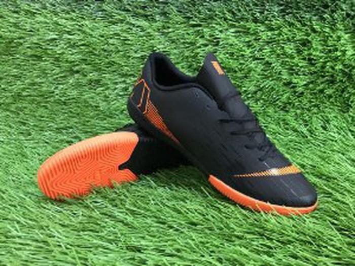 Jual Sepatu Futsal Replika Import Nike Mercurial Vapor XII Black ... c7b1ce28ee