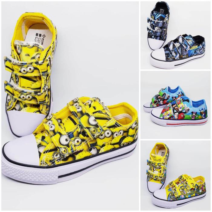 bc370136023c ... harga Sepatu converse motif batman minions mickey kids anak  Tokopedia.com