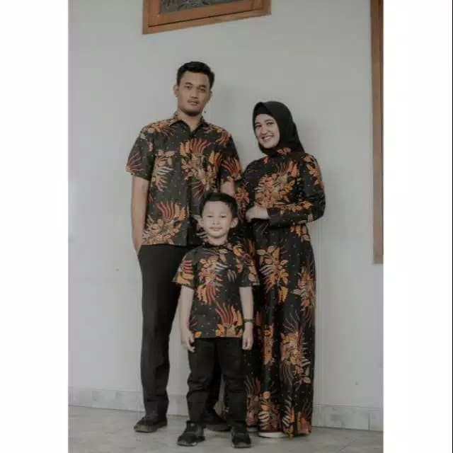 Katalog Baju Couple Batik Family 1 Anak Hargano.com
