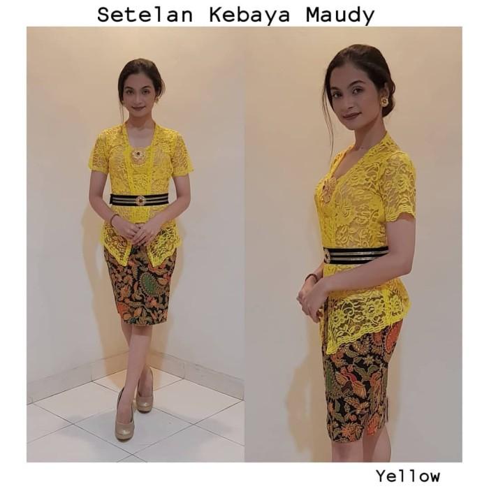 Jual Baju Kebaya Jadi Brokat Maudy Dan Rok Katun Batik Pendek Kebaya Bali Kuning Kota Denpasar Cherrybutik Tokopedia