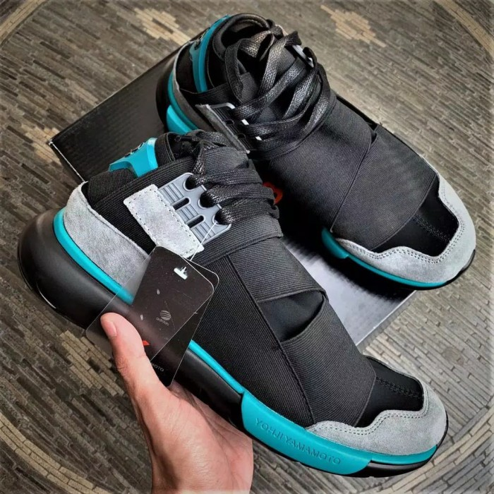 50f96b444f9 Jual Adidas Y3 Qasa High Yohji Yamamoto Black Charcoal ORIGINAL - SI ...