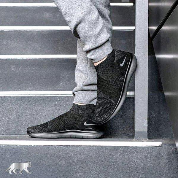 separation shoes 1d664 68370 Jual NIKE FREE RN MOTION FLYKNIT 2 TRIPLE BLACK - MAFIA SNEAKERS | Tokopedia