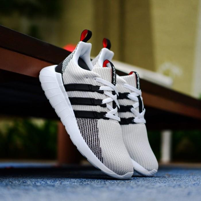 Jual Adidas Questar Flow White Black