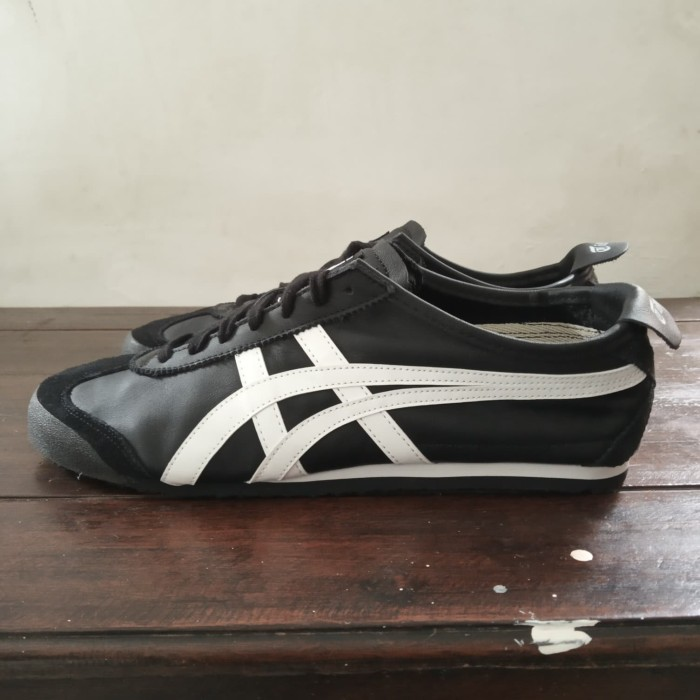 pretty nice 5b099 ed009 Jual Onitsuka Tiger Mexico 66 Black/White ORIGINAL - Kab. Bojonegoro -  Qualoza | Tokopedia