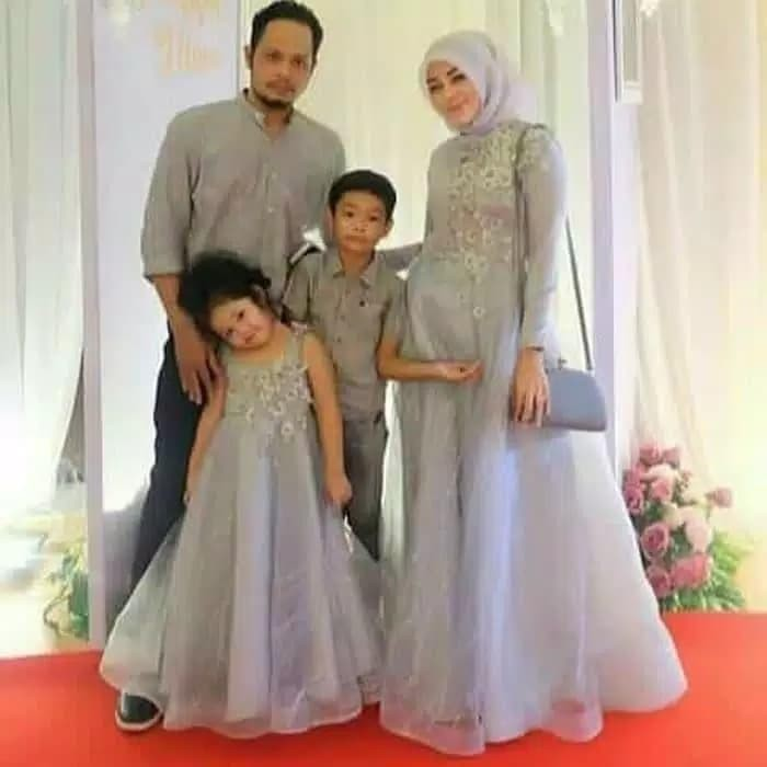 Jual Jahitan Butik Kebaya Muslimah Busana Wanita Seragam Pesta Keluarga Jakarta Pusat Butik Hesty Nur Tokopedia