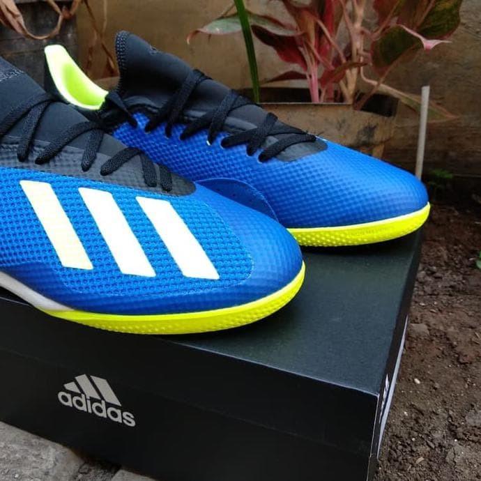 new style c8a71 724bd Promo Sepatu Futsal Adidas X Tango 18.3 In Blue Solar Yellow Db1954