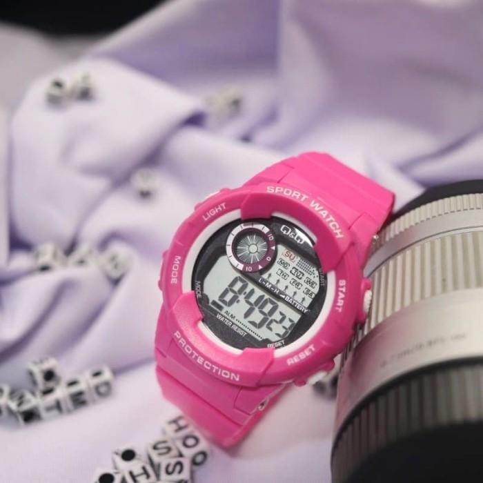 Q&Q Watch - QQ1019 - Jam Tangan Sport Wanita - Rubber Strap