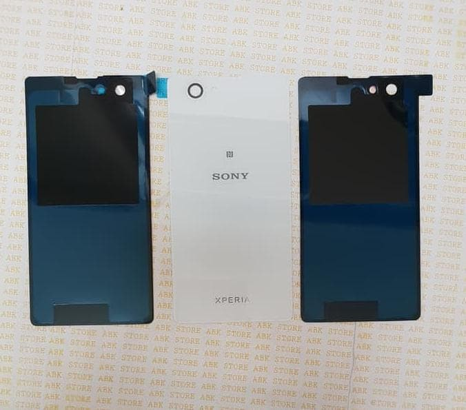 Besttttt Backdoor Backcover Tutup Belakang Sony Xperia Z1 Compact/ Z1